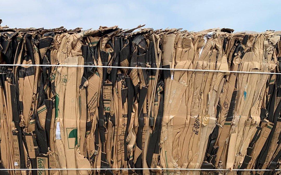Cartón preparado para ser reciclado